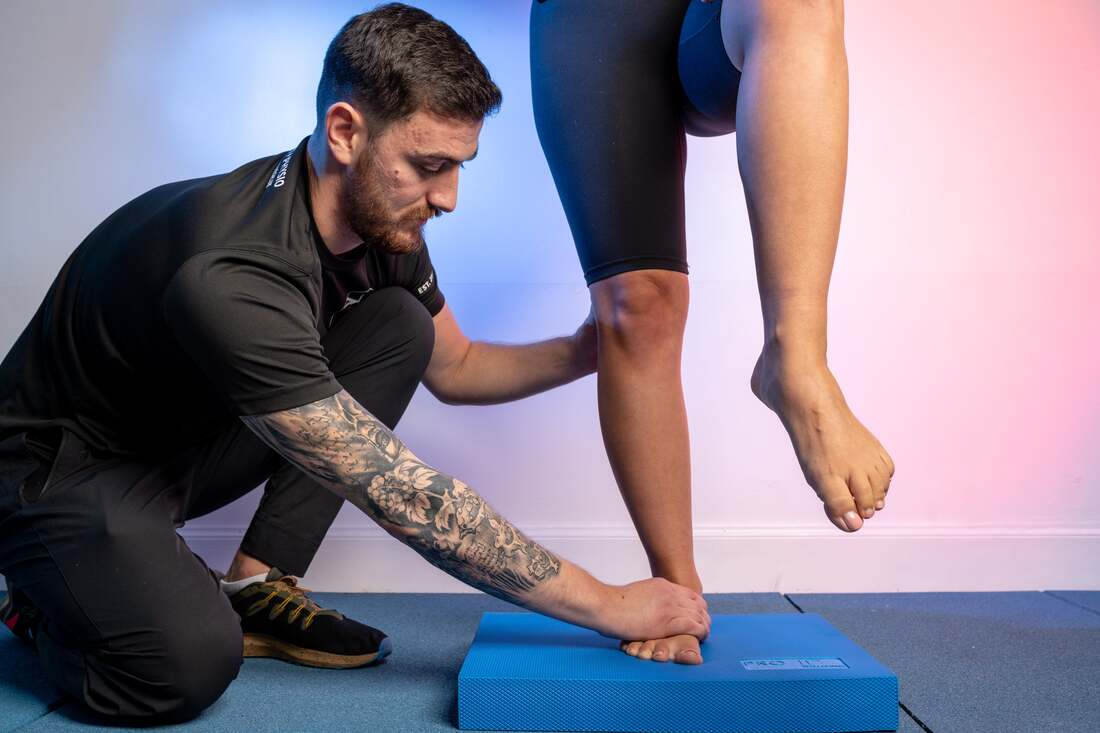 1)	sports massage edinburgh – sports injury clinic in edinburgh